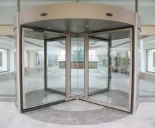 Garantías en puertas giratorias en Toledo