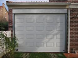 Instalación de puertas seccionales en Toledo