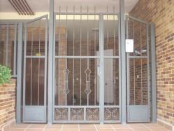 Garantia de cancela de hierro en Madrid