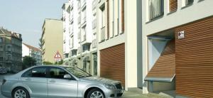 Puertas de garaje para uso comunitario