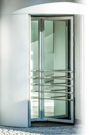 Instalación en puertas de cristal en Madrid