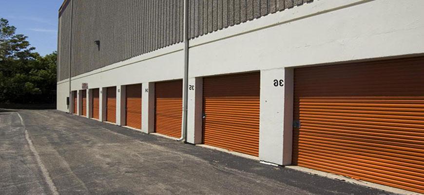 Mantenimiento de puertas enrollables en Toledo