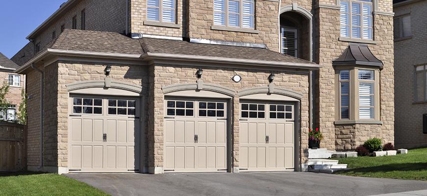 Nuevas puertas de garaje batientes